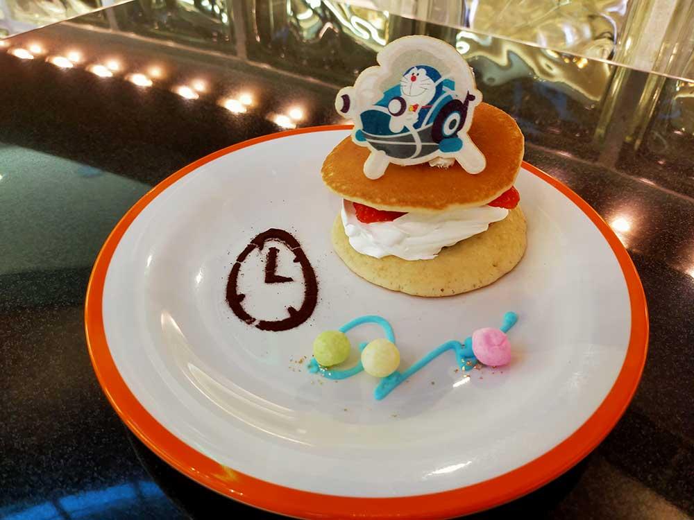 ドラえもんのいちごパンケーキ ~あんこ&カスタード~
