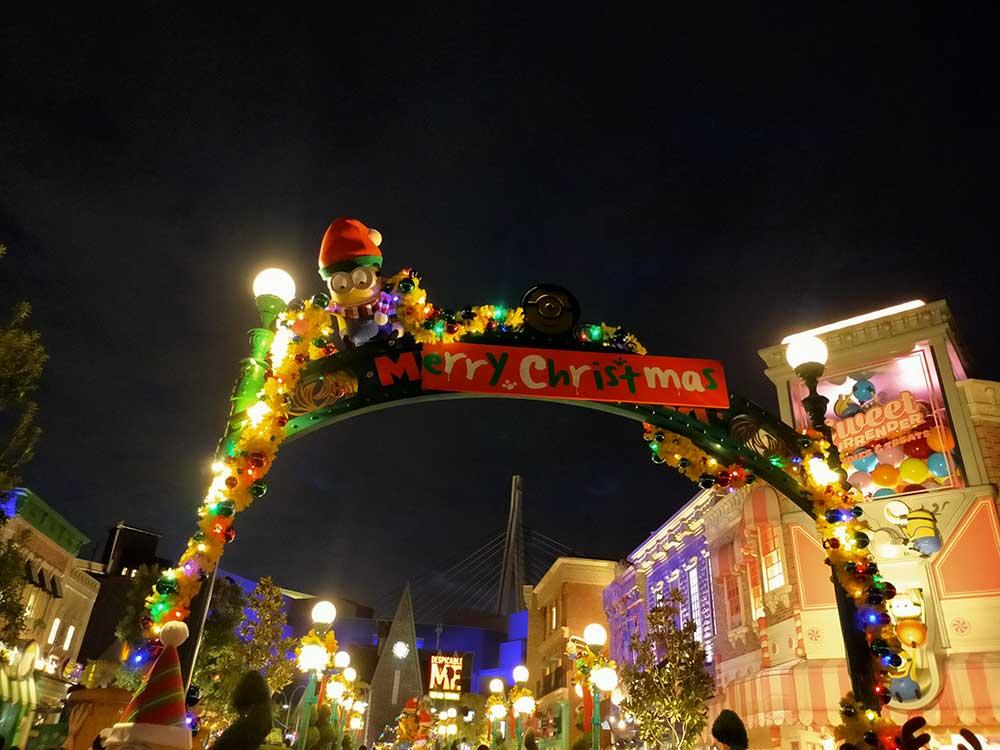 USJ、ミニオン・パークのイエロー・クリスマス
